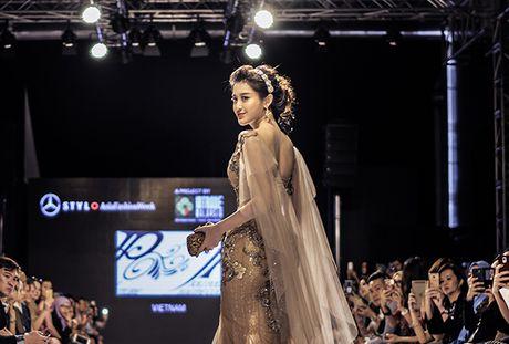 Huyen My lam vedette o Malaysia Fashion Week - Anh 3