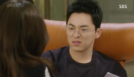 Loat sao Han phat cuong voi kinh gong tron 'ngo, cute' - Anh 10