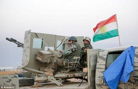IS dien cuong tan sat 100 dan thuong khi thao chay o Mosul - Anh 4