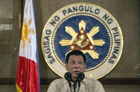 Philippines huy mua 27.000 khau sung truong cua My - Anh 1
