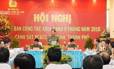 Giao ban cong tac xay dung luc luong Canh sat PCCC Cum thi dua 10, 11 - Anh 2