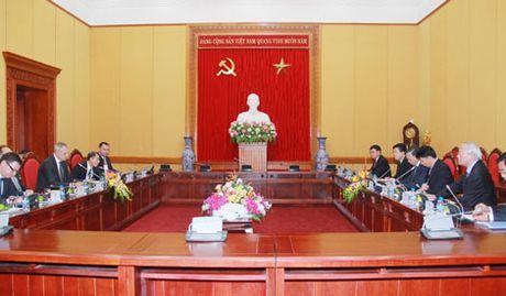 Tang cuong quan he huu nghi truyen thong Viet Nam - Belarus - Anh 2