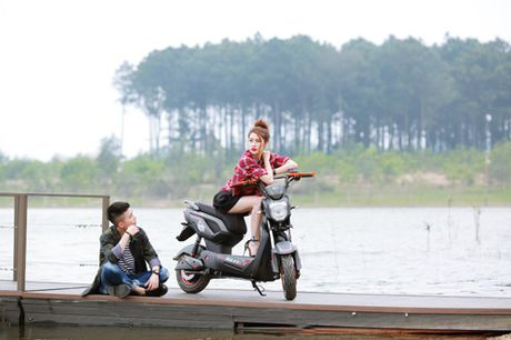 Kham pha dong xe dien duoc trang bi dong co den 1500w - Anh 3