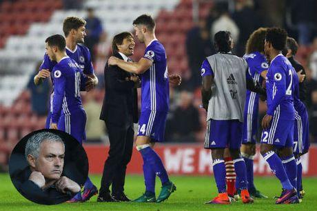 Hoc Chelsea da 3-4-3, Mourinho se giup MU hoi sinh? - Anh 1