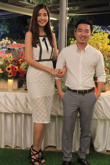Dien vien Thien Bao: 'Ba xa cua toi rat dam dang va khong biet ghen' - Anh 4