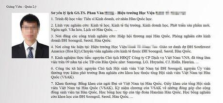 Xon xao clip 'Hieu truong chui tuc hoc vien' - Anh 2