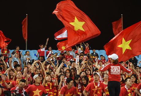 Tuyen Viet Nam thang Indonesia sau 17 nam cho doi - Anh 10
