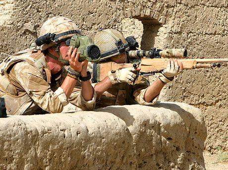 Dac nhiem Anh truy lung cac phan tu Hoi giao goc Anh o Iraq - Anh 1