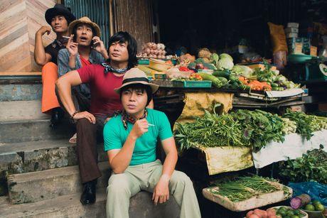MTV Band mac quan ong loe, ao khan loe loet - Anh 1