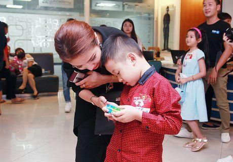 Van Hugo do danh con trai chon dong nguoi - Anh 10