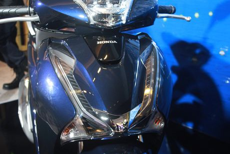 Them phanh ABS, Honda SH 150 ban moi 'chot gia' 90 trieu dong - Anh 6