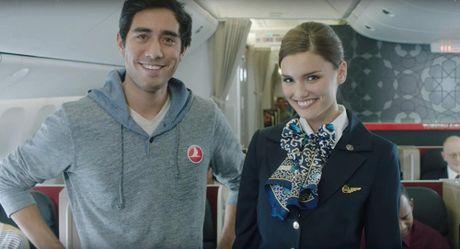 Xem video hai huoc cua Turkish Airlines khien 1,5 trieu nguoi 'chet me' - Anh 1