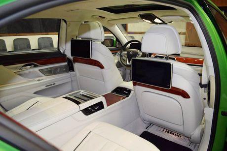 Mat mat voi sieu sedan BMW Alpina B7 2017 mau Java Green - Anh 11