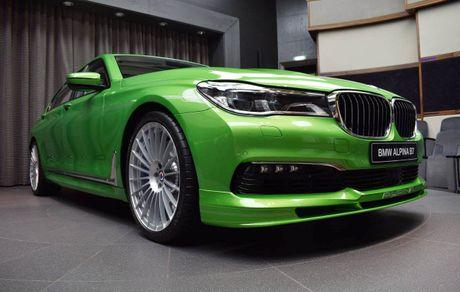 Mat mat voi sieu sedan BMW Alpina B7 2017 mau Java Green - Anh 2