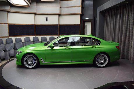 Mat mat voi sieu sedan BMW Alpina B7 2017 mau Java Green - Anh 6