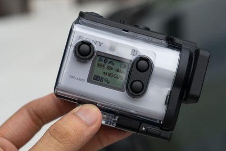 Mo hop Sony Action-Cam: video 4K, chong rung OSS, gia 15 trieu - Anh 17
