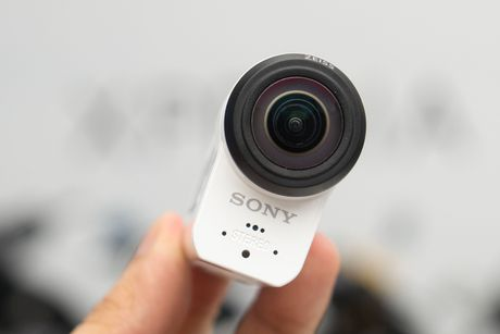 Mo hop Sony Action-Cam: video 4K, chong rung OSS, gia 15 trieu - Anh 9