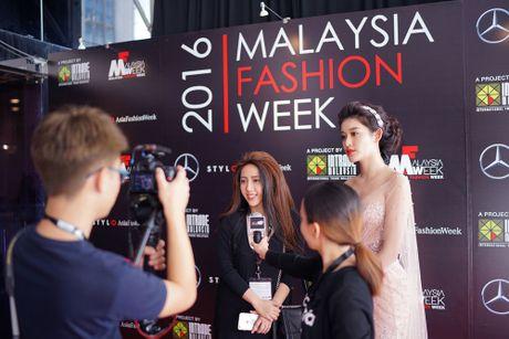 Truyen thong Malaysia san don 'nu than' Viet Nam - Anh 2