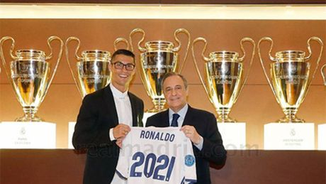 Ronaldo gia han hop dong voi Real den nam 2021 - Anh 1