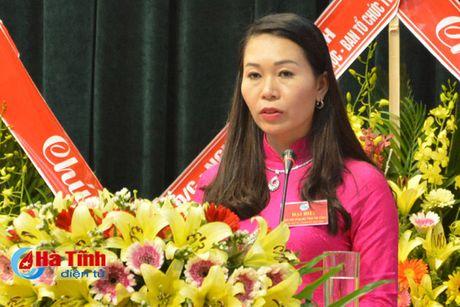 Dai hoi dai bieu Phu nu Ha Tinh lan thu XV thanh cong tot dep - Anh 2