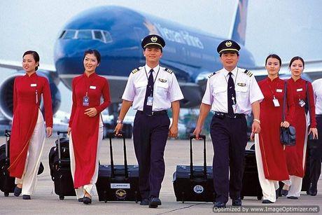 Mat 50 trieu dong trong vali ky gui cua doan cong tac Bo truong Bo Cong thuong - Anh 1