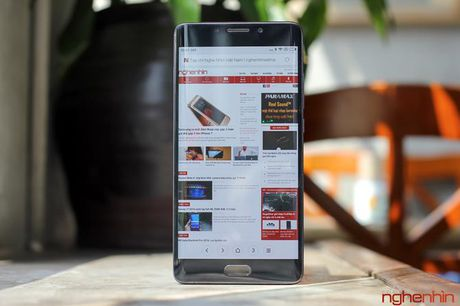 Tren tay Xiaomi Mi Note 2 ban Jet Black vua 'cap ben' - Anh 12