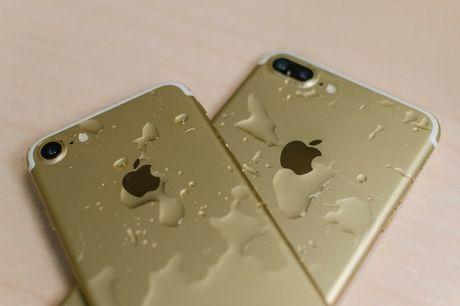 8 kha nang iPhone 7 khong co nhung nhung chiec dien thoai khac lai co - Anh 1