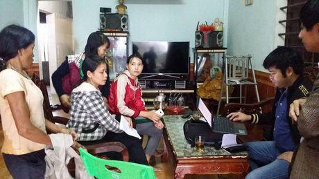 Beu ten hoc sinh tren loa phong thanh xa vi phu huynh khong dong phi - Anh 1