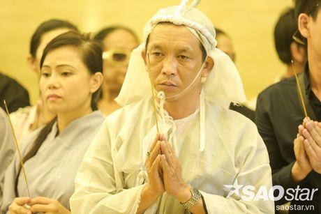 Vinh biet 'cay dai thu' cua lang cai luong Ut Bach Lan! - Anh 33