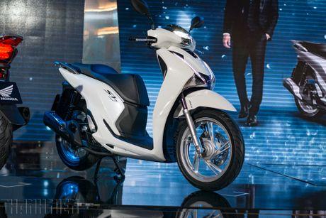 Honda SH 2017 voi phanh ABS co gia tu 76 trieu dong - Anh 1