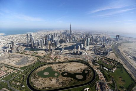 Khoanh khac hoanh trang dep kho tin cua Dubai nhin tu tren cao - Anh 1