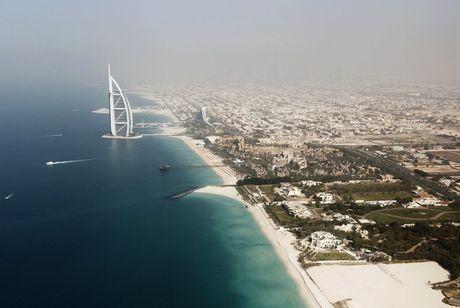 Khoanh khac hoanh trang dep kho tin cua Dubai nhin tu tren cao - Anh 4