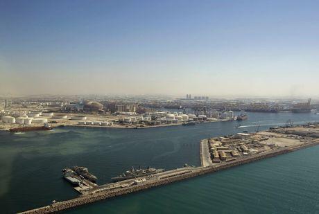 Khoanh khac hoanh trang dep kho tin cua Dubai nhin tu tren cao - Anh 8