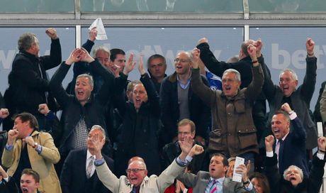 15 thang qua, Mourinho bao nhieu lan 'va mieng'? - Anh 6