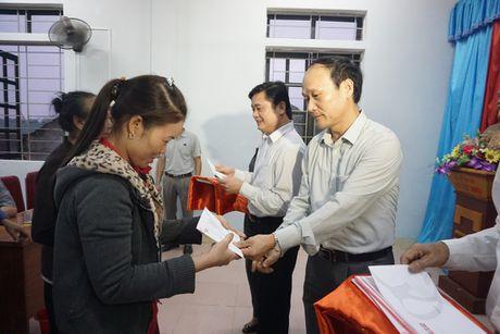 Dong chi Nguyen Tu Phuong la Chu tich LDLD tinh Nghe An - Anh 2