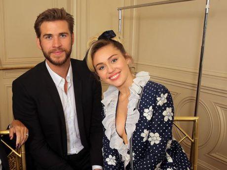 Miley Cyrus chua muon ket hon voi Liam Hemsworth - Anh 1