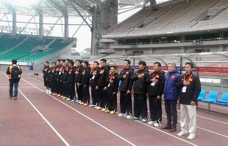 Hoang Thanh Tung lap sieu pham cho U-22 Viet Nam - Anh 1