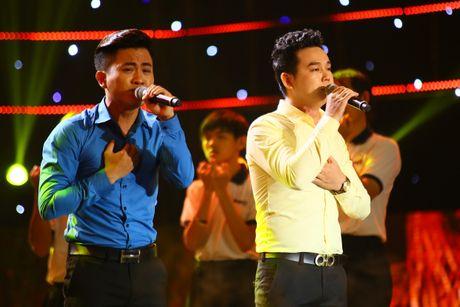Cam Ly xuc dong vi nho Minh Thuan tren ghe nong - Anh 7