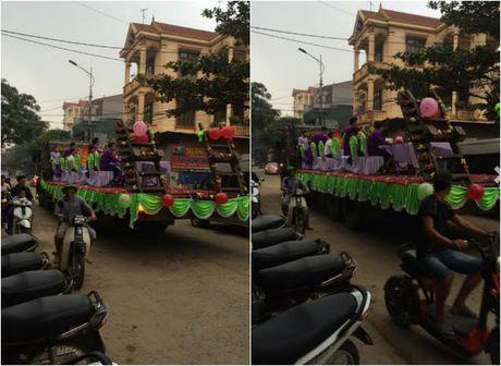 Le an hoi tren xe tai chay bon bon o Vinh Phuc - Anh 3