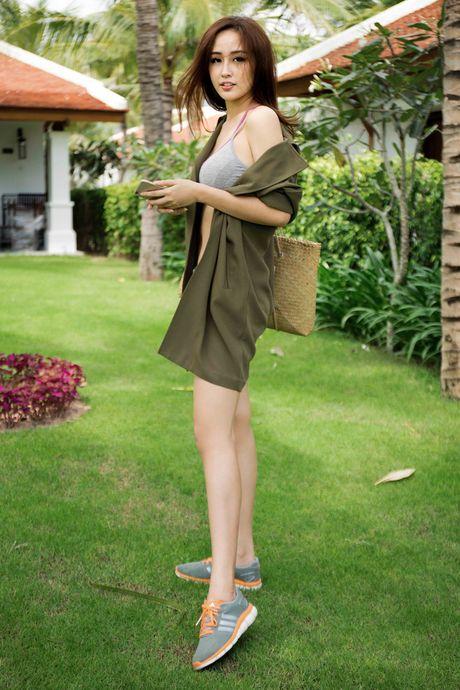 Mai Phuong Thuy khoe hinh the cuc 'boc lua' - Anh 7
