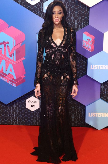 'Chao dao' voi nhung my nhan khoe sac tren tham do giai MTV EMA 2016 - Anh 8