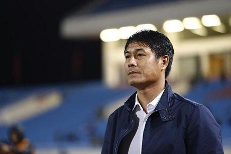 TRUC TIEP Viet Nam 0-0 Indonesia: Xuan Truong,Trong Hoang, Cong Vinh, Van Quyet da chinh (Hiep 1) - Anh 1