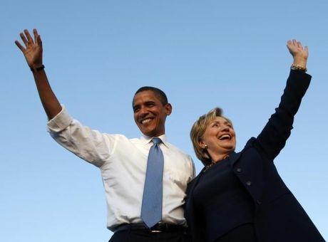 Chum anh: Hillary Clinton tu De nhat phu nhan toi giac mo nu Tong thong My dau tien - Anh 18