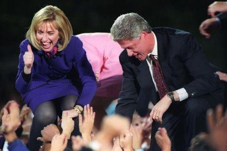 Chum anh: Hillary Clinton tu De nhat phu nhan toi giac mo nu Tong thong My dau tien - Anh 1
