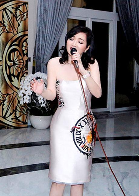 Noi that trong can biet thu moi cua Hoa hau Giang My - Anh 10