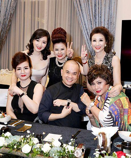 Noi that trong can biet thu moi cua Hoa hau Giang My - Anh 8