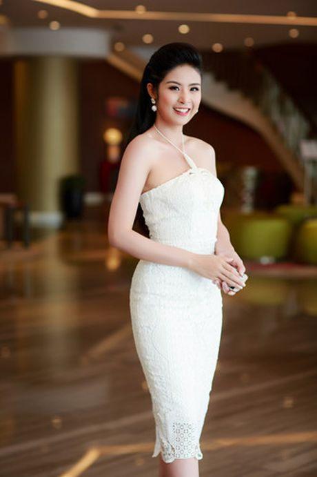 A hau Tu Anh 'do' sac trang voi Hoa hau Ngoc Han - Anh 10