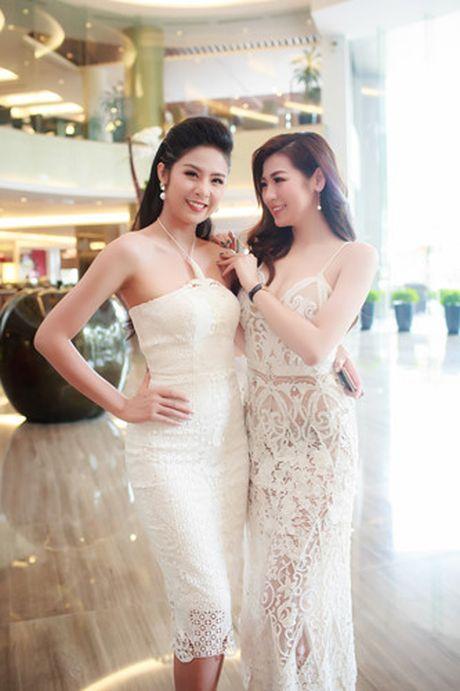 A hau Tu Anh 'do' sac trang voi Hoa hau Ngoc Han - Anh 7