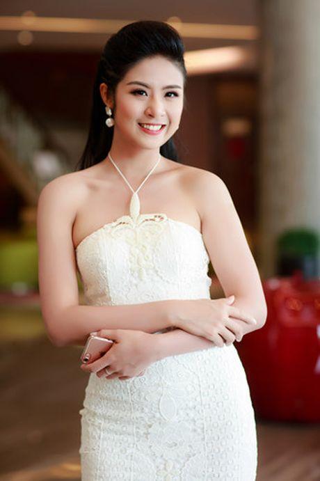 A hau Tu Anh 'do' sac trang voi Hoa hau Ngoc Han - Anh 9