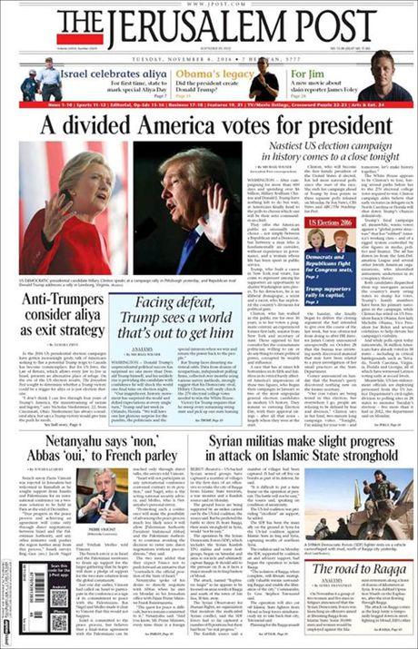 Ba Hillary Clinton va ong Donald Trum da bo phieu bau Tong thong My - Anh 26
